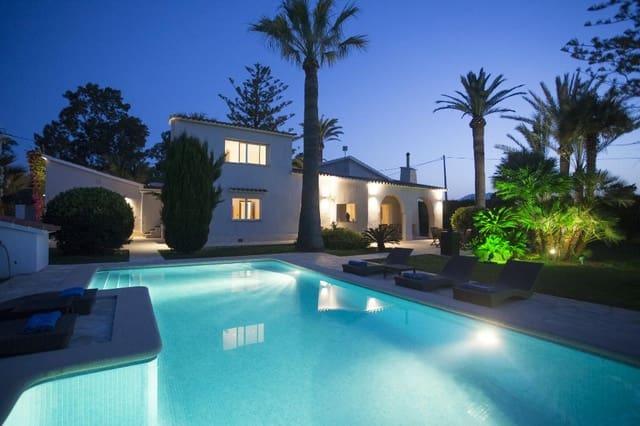 4 soverom Villa til salgs i Denia med svømmebasseng garasje - € 960 (Ref: 3712545)