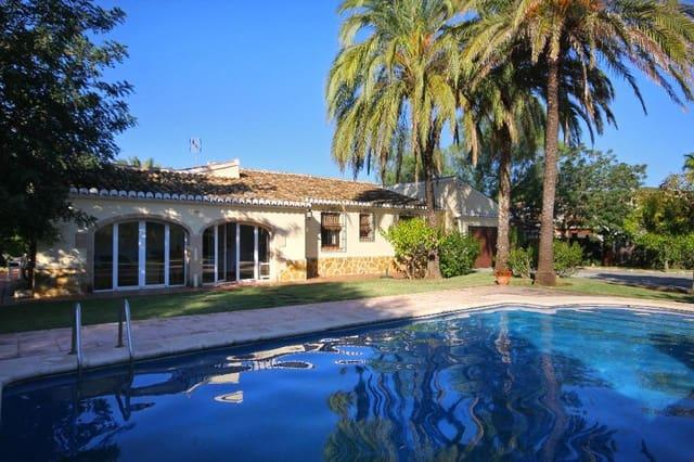 3 bedroom Villa for holiday rental in Javea / Xabia with pool garage - € 707 (Ref: 3777687)