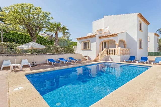 3 Zimmer Ferienfinca/landgut in Javea / Xabia mit Pool Garage - 375 € (Ref: 3777691)