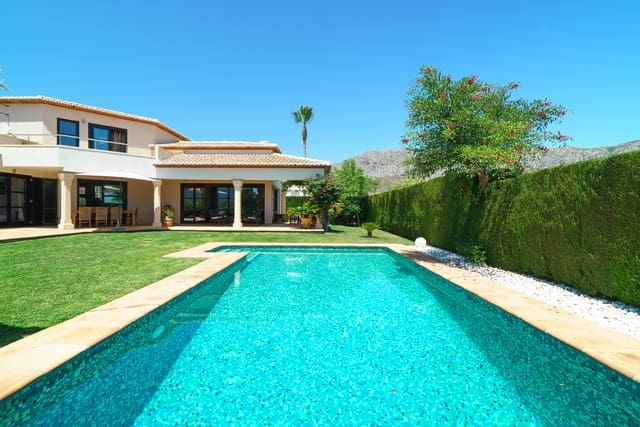 2 bedroom Villa for holiday rental in Beniarbeig with pool garage - € 653 (Ref: 4026188)