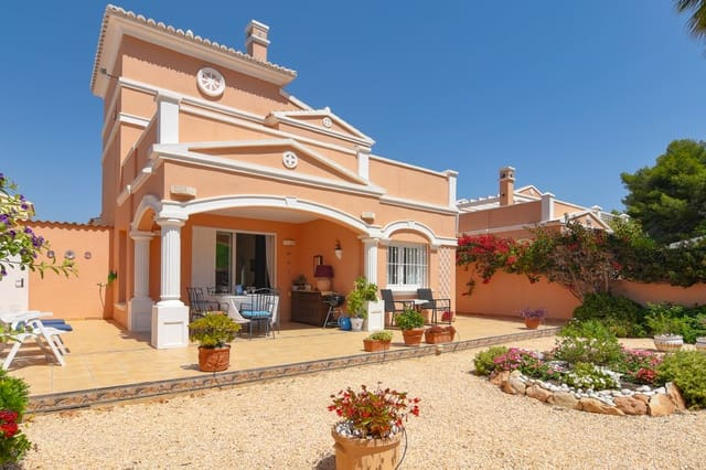 3 bedroom Finca/Country House for holiday rental in Calpe / Calp with pool garage - € 594 (Ref: 4881632)