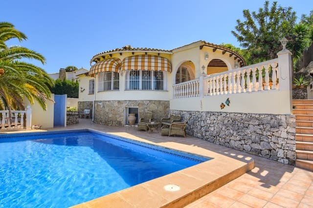 3 bedroom Villa for holiday rental in Benissa with pool garage - € 795 (Ref: 5531852)