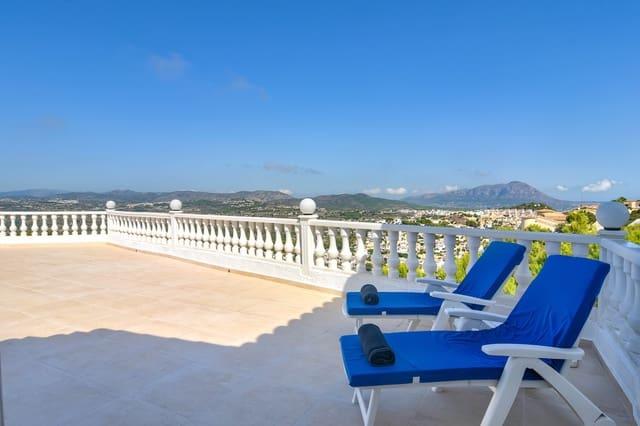 Chalet de 2 habitaciones en Cumbre del Sol en alquiler vacacional con piscina - 666 € (Ref: 5531855)