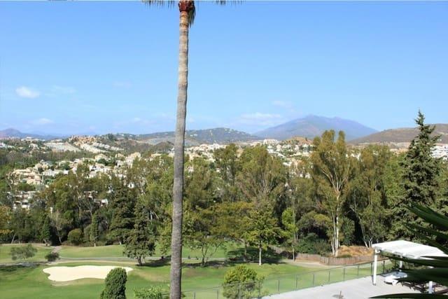 Terrain à Bâtir à vendre à Aloha Golf - 1 249 000 € (Ref: 5992513)