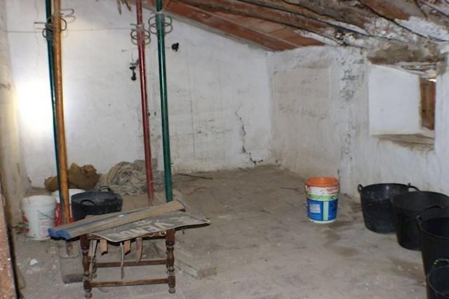 Ruine à vendre à Riogordo - 65 000 € (Ref: 3224428)