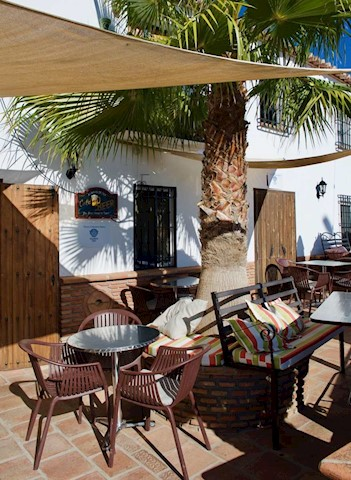 Local Comercial de 4 habitaciones en Comares en venta - 695.000 € (Ref: 3841674)