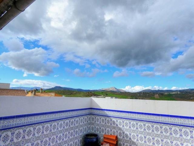 5 bedroom Townhouse for sale in Casabermeja - € 190,000 (Ref: 3940865)