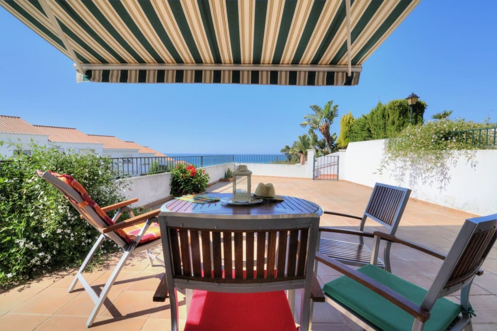 3 soveværelse Semi-Rækkehus til leje i Chilches med swimmingpool - € 700 (Ref: 4113482)
