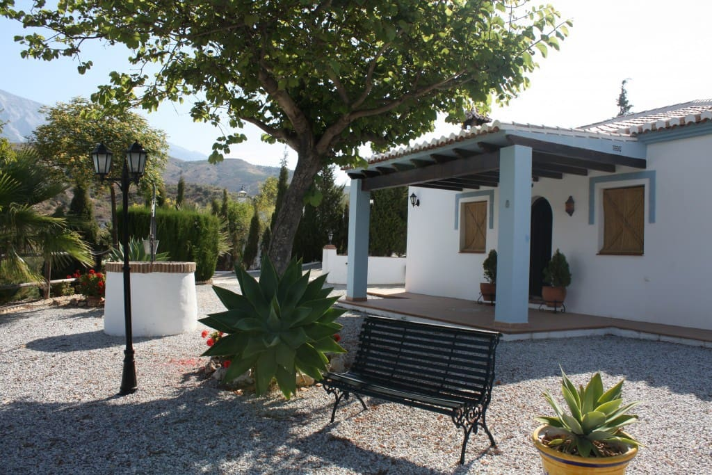 2 bedroom Finca/Country House for sale in Canillas de Aceituno - € 199,000 (Ref: 4659603)