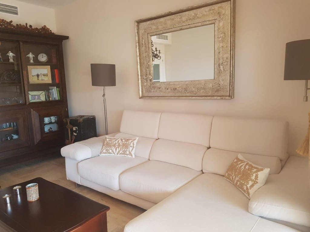 2 bedroom Flat for sale in Almayate with pool garage - € 204,750 (Ref: 4708106)