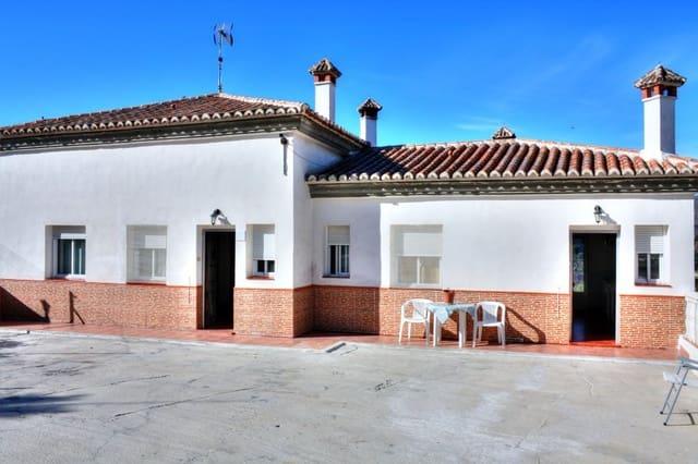 4 sypialnia Willa do wynajęcia w Canillas de Aceituno z basenem - 700 € (Ref: 5686670)