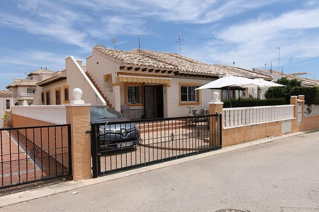 2 bedroom Bungalow for sale in Cabo Roig - € 135,000 (Ref: 4611941)