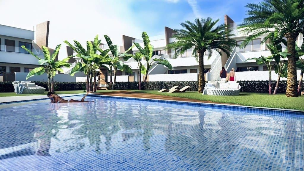 Bungalow de 2 habitaciones en Pilar de la Horadada en venta - 159.900 € (Ref: 4946273)