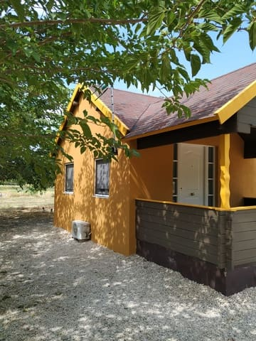 4 slaapkamer Houten huis te koop in Agres met zwembad - € 100.000 (Ref: 2970382)