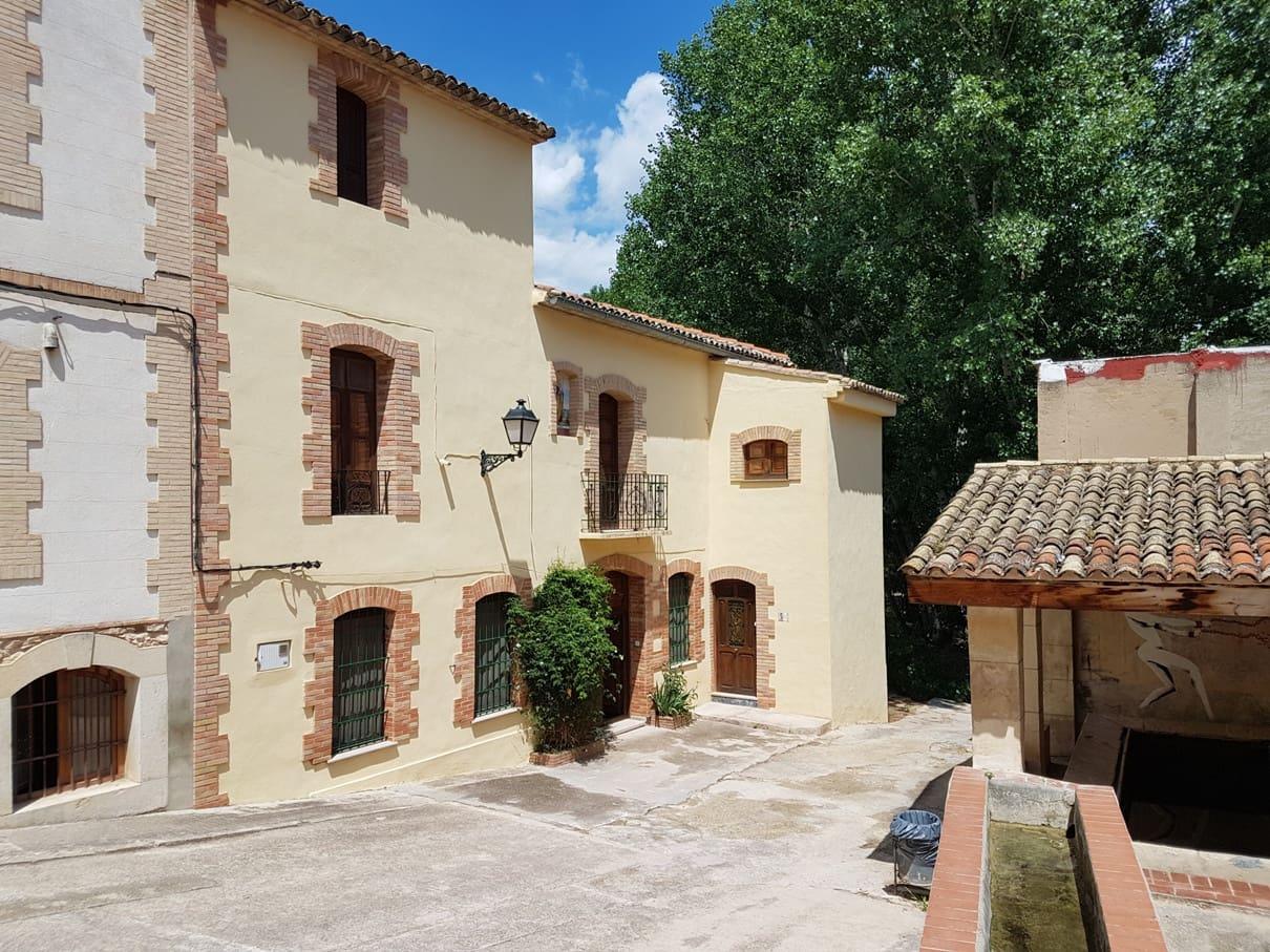 5 soverom Hus til salgs i Montaverner - € 338 000 (Ref: 5496168)
