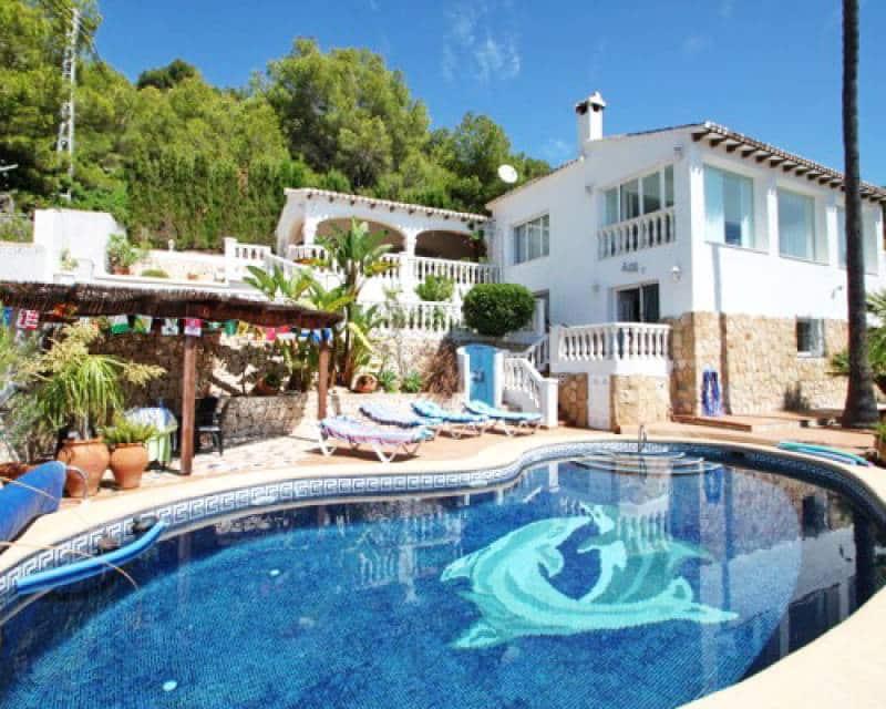 4 bedroom Villa for sale in Benissa with pool - € 761,000 (Ref: 5901560)