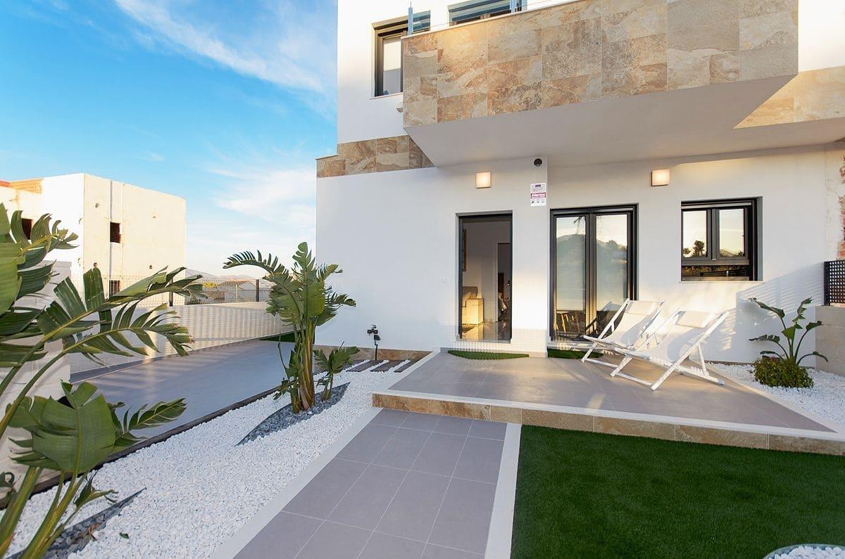 Chalet de 3 habitaciones en Polop en venta con piscina - 197.500 € (Ref: 4763420)