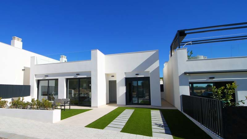 Chalet de 3 habitaciones en Pilar de la Horadada en venta con piscina - 230.900 € (Ref: 4771072)
