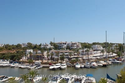 2 bedroom Apartment for sale in Cala d'Or with pool - € 468,000 (Ref: 2584973)