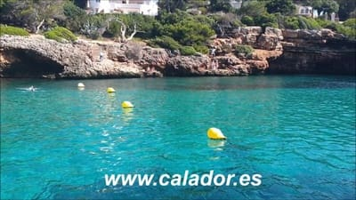 5 bedroom Villa for sale in Cala d'Or with garage - € 1,900,000 (Ref: 2943522)
