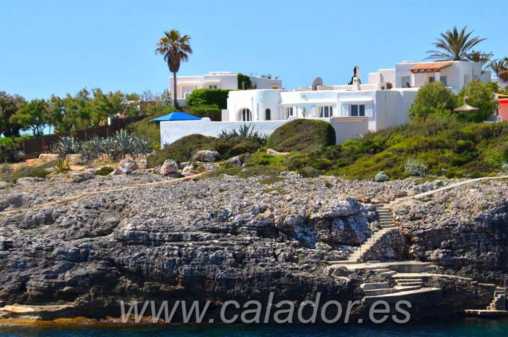 5 bedroom Villa for sale in Cala d'Or with pool - € 2,200,000 (Ref: 3031570)