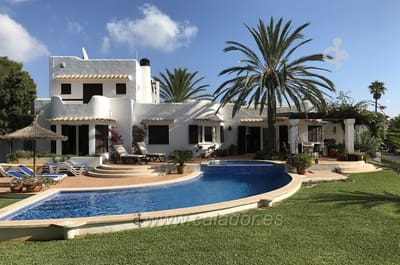 5 bedroom Villa for sale in Cala d'Or with pool - € 1,200,000 (Ref: 3297060)