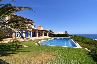 3 bedroom Villa for sale in Cala Serena with pool - € 2,150,000 (Ref: 4105690)