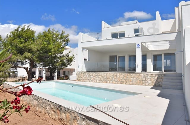3 bedroom Villa for sale in Cala d'Or with pool - € 975,000 (Ref: 4318733)