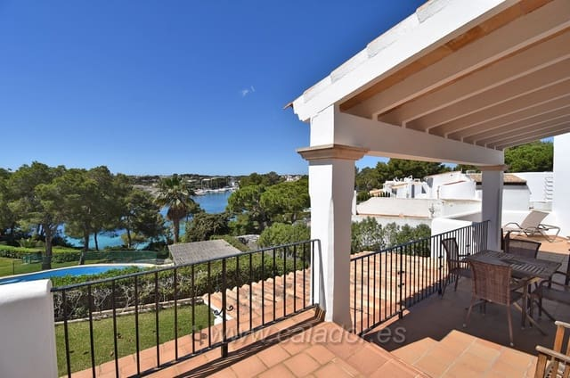 3 bedroom Apartment for sale in Porto Petro with pool - € 790,000 (Ref: 4568560)
