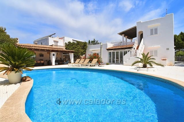 Chalet de 3 habitaciones en Cala d'Or en venta con piscina garaje - 850.000 € (Ref: 4688665)