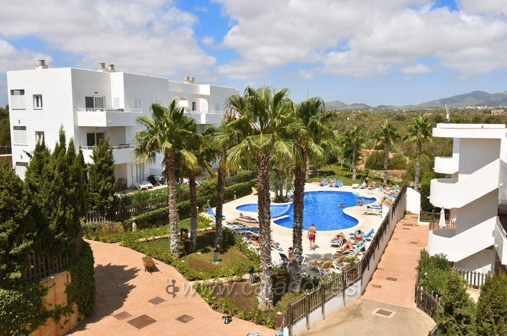 2 bedroom Apartment for sale in Cala d'Or with pool - € 215,000 (Ref: 4742386)