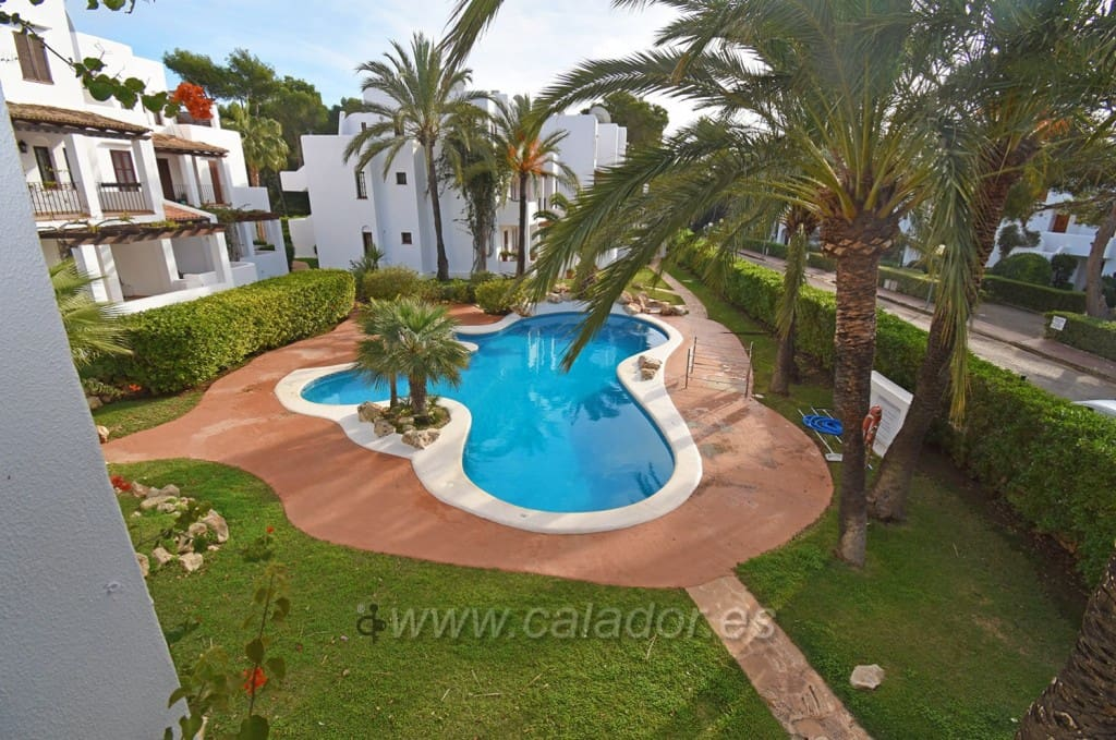 2 bedroom Apartment for sale in Cala d'Or with pool - € 235,000 (Ref: 4962631)