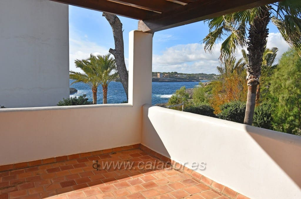 5 bedroom Villa for sale in Cala d'Or with pool - € 950,000 (Ref: 4975201)