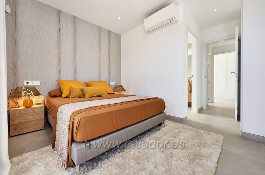 Apartamento de 2 habitaciones en Cala d'Or en venta con piscina - 256.000 € (Ref: 5132143)