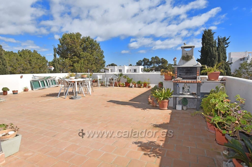 3 bedroom Apartment for sale in Cala d'Or with garage - € 235,000 (Ref: 5159689)