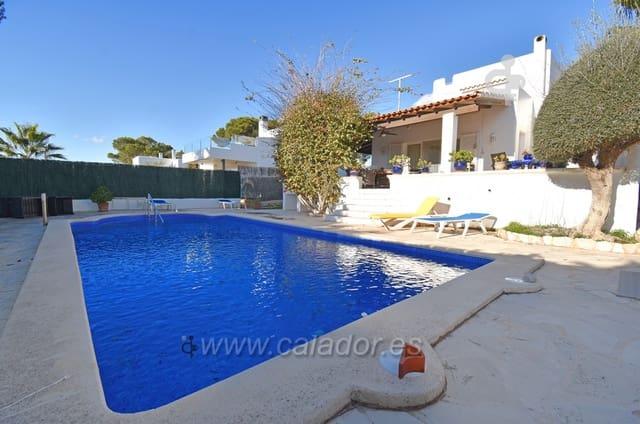 Chalet de 3 habitaciones en Cala Serena en venta con piscina - 590.000 € (Ref: 5876314)