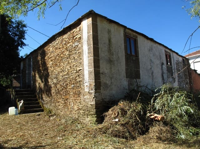 3 bedroom Finca/Country House for sale in O Savinao - € 19,000 (Ref: 2114516)