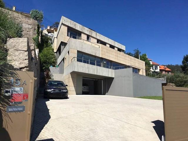 4 chambre Villa/Maison à vendre à Vilaboa avec garage - 700 000 € (Ref: 3032978)