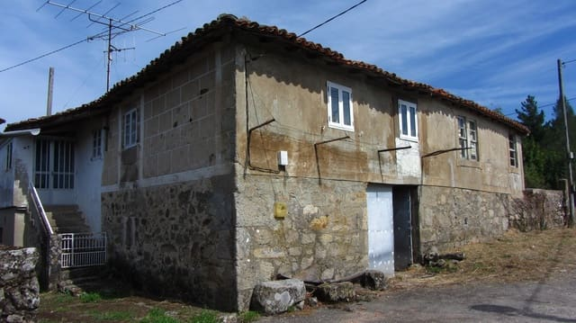 3 bedroom Finca/Country House for sale in Sober with garage - € 48,000 (Ref: 5017170)