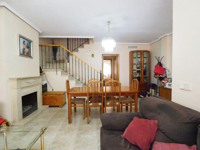 5 soverom Rekkehus til salgs i Lliria med svømmebasseng garasje - € 240 000 (Ref: 3602611)