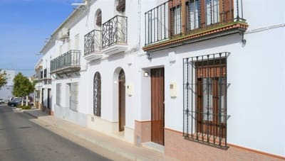 4 bedroom Townhouse for sale in Hinojos - € 225,000 (Ref: 4972573)