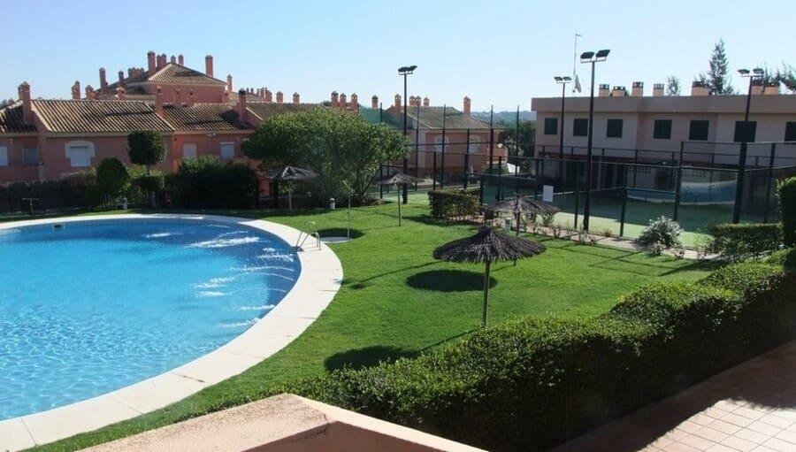2 sovrum Hus till salu i Islantilla med pool - 122 000 € (Ref: 5394102)