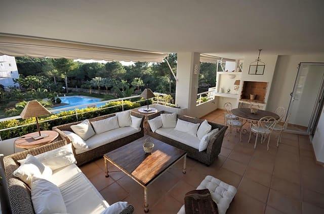Piso de 4 habitaciones en Santa Eulalia / Santa Eularia en venta con piscina - 650.000 € (Ref: 5075382)