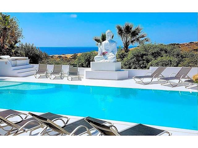 15 soverom Villa til salgs i Santa Eulalia / Santa Eularia med svømmebasseng - € 5 000 000 (Ref: 857499)