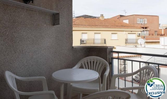 2 bedroom Apartment for sale in Roses - € 137,000 (Ref: 6288097)