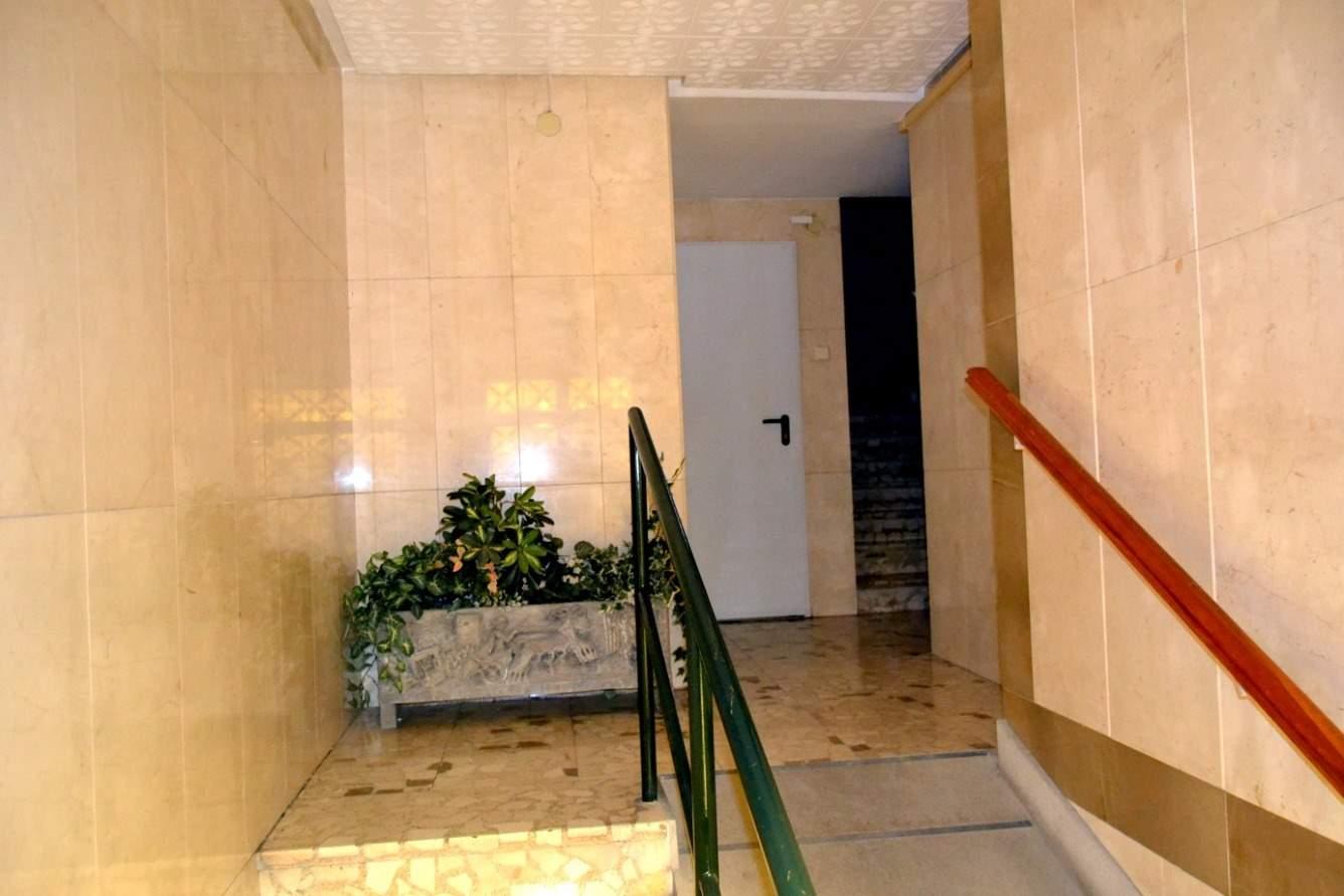 3 Zimmer Wohnung zu verkaufen in Granada Stadt - 155.000 € (Ref: 3529321)