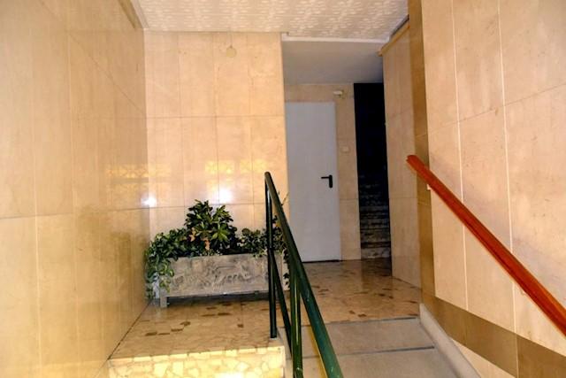 3 sovrum Lägenhet till salu i Granada stad - 155 000 € (Ref: 3529321)