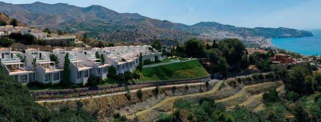 Pareado de 2 habitaciones en La Herradura en venta con piscina garaje - 595.000 € (Ref: 4756890)