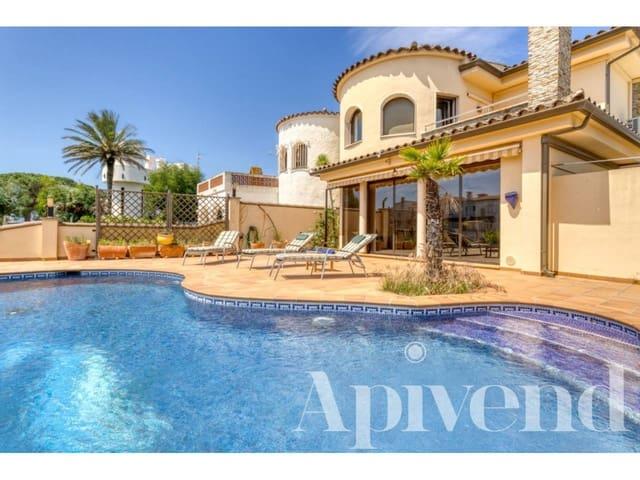 4 soverom Hus til salgs i Empuriabrava - € 990 000 (Ref: 5802931)