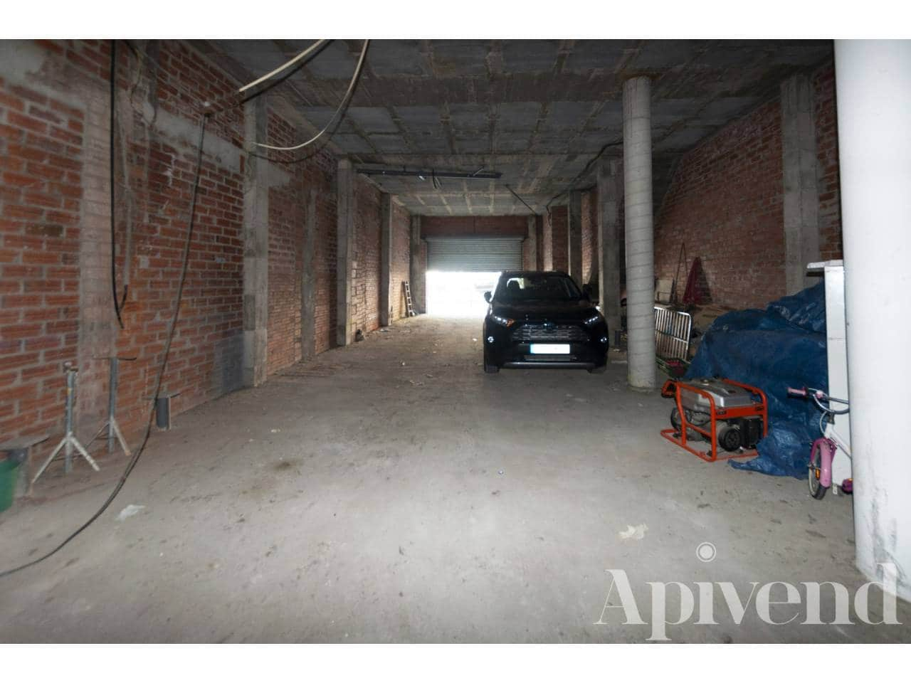 Commercial for sale in Roses - € 320,000 (Ref: 5802963)